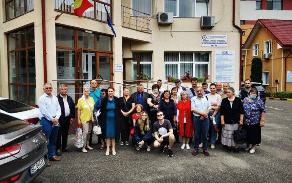 Protest la DSV Bacău. Medicii veterinari ameninţă cu blocarea activităţii în tot judeţul